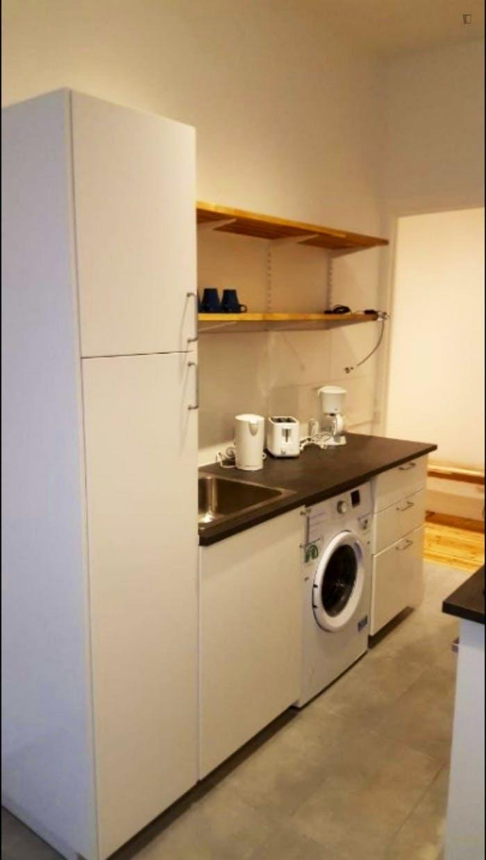 Wonderful 2-bedroom apartment Neukölln  - Gallery -  5