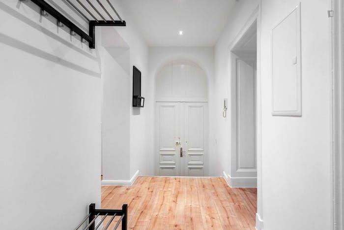 Welcoming single bedroom in Moabit  - Gallery -  3