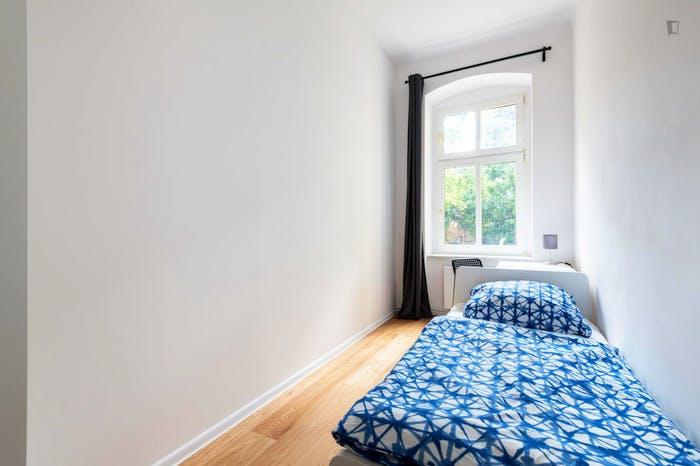 Welcoming single bedroom in Oberschöneweide  - Gallery -  1