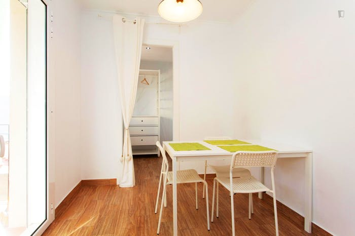Welcoming 2-bedroom apartment in awesome La Barceloneta  - Gallery -  8