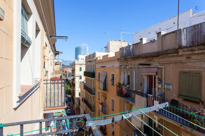 Welcoming 2-bedroom apartment in awesome La Barceloneta  - Gallery -  9