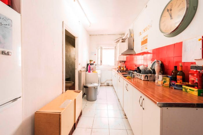 Welcoming double bedroom close to the lively La Latina area  - Gallery -  5