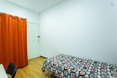Welcoming single bedroom in the central El Raval neighbourhood  - Gallery -  3