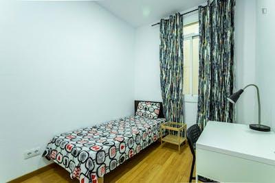 Welcoming single bedroom in the central El Raval neighbourhood  - Gallery -  2