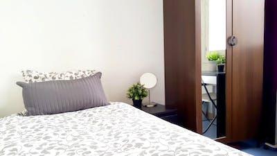 Very cool single bedroom in the Sol neighbourhood  - Gallery -  3