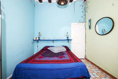 Welcoming 2-bedroom flat close to Universitat Pompeu Fabra - Ciutadella Campus  - Gallery -  1