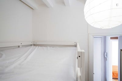 Swell single bedroom near Dreta de l'Eixample  - Gallery -  1