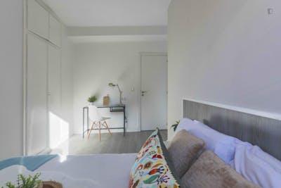 Welcoming double bedroom in Delicias  - Gallery -  3