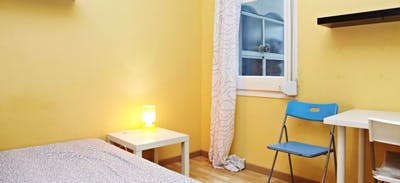 Warm and pleasant double bedroom near the Vallarca metro  - Gallery -  3
