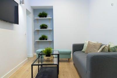 Tasteful double bedroom in student-friendly Arapiles neighbourhood  - Gallery -  3