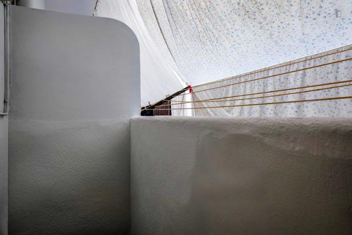 Very nice double bedroom in El Camp de l'Arpa del Clot  - Gallery -  6