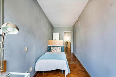 Welcoming single bedroom in Mestalla  - Gallery -  3