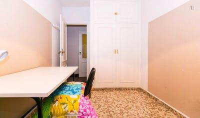 suitable single bedroom near Universidad de Granada - Campus Fuentenueva  - Gallery -  1