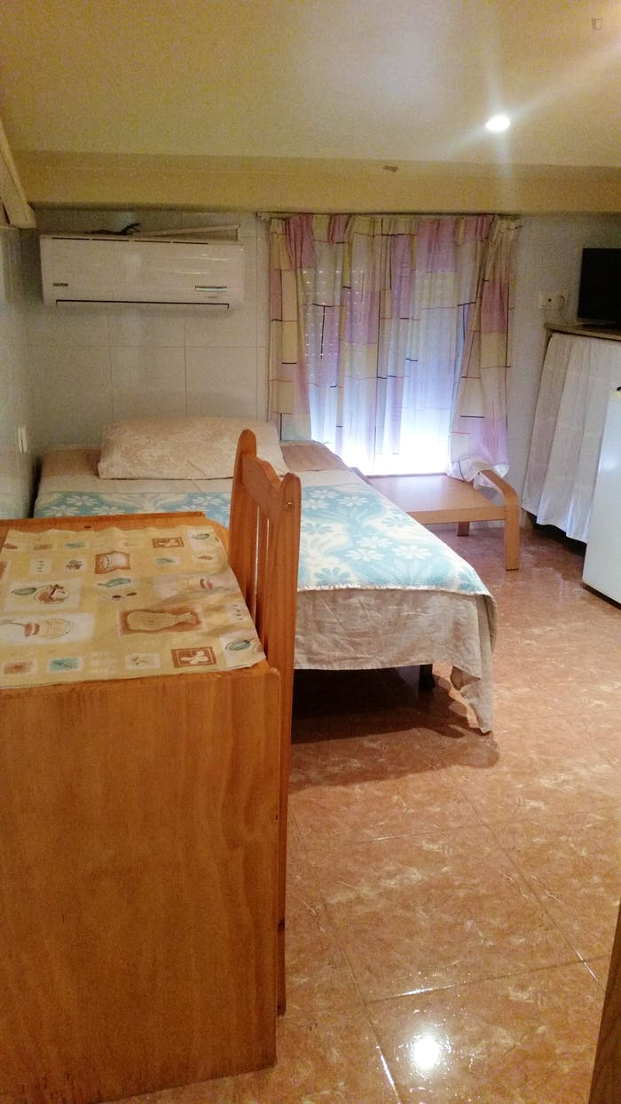 Very comfy studio in L'Hospitalet de Llobregat  - Gallery -  1