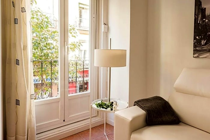 Wonderful 1-bedroom apartment near UNED - Facultad de Derecho  - Gallery -  6