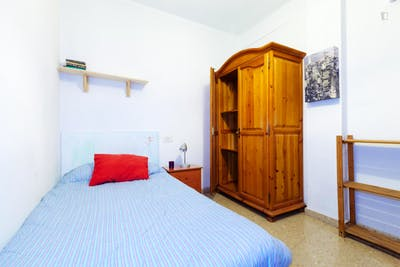 Very cool single bedroom located in Figares  - Gallery -  3