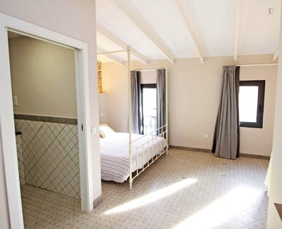 Vintage double ensuite bedroom w/bathroom Gracia north, in co-living house 2.3  - Gallery -  1