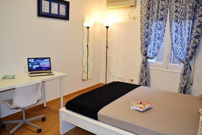 Very nice double bedroom close to the Alonso Martínez metro station  - Gallery -  2