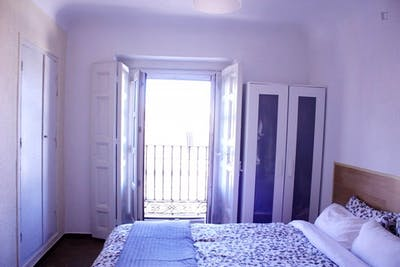 Super central double bedroom in 9-room apartment  - Gallery -  2