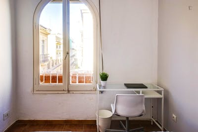 Student-friendly double bedroom near La Seu de València  - Gallery -  2