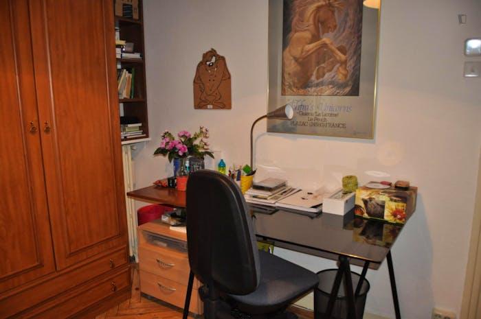 Wonderful single bedroom near Diego de León metro station  - Gallery -  4