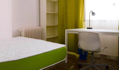 Sunny single bedroom in a flat, near Escuela Tecnica Superior de Arquitectura  - Gallery -  1