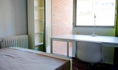 Sunny single bedroom in a flat, near Escuela Tecnica Superior de Arquitectura  - Gallery -  3