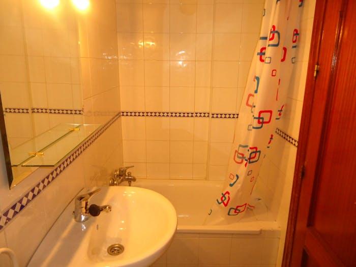 Very nice single bedroom in Cercadilla-Medina Azahara  - Gallery -  8