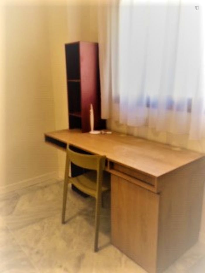 Very nice studio in a residence, in Cartuja  - Gallery -  5