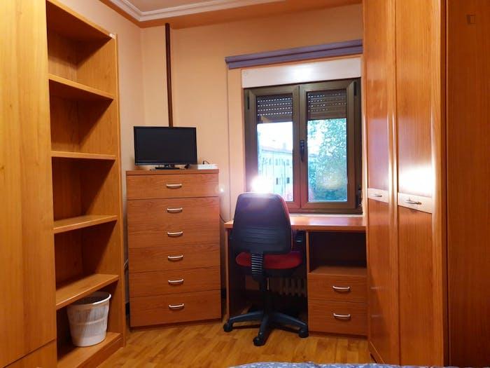 Very nice single bedroom near Universidad Pontificia De Salamanca  - Gallery -  9