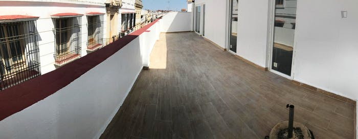 Welcoming single bedroom with a balcony, in San Pedro  - Gallery -  6