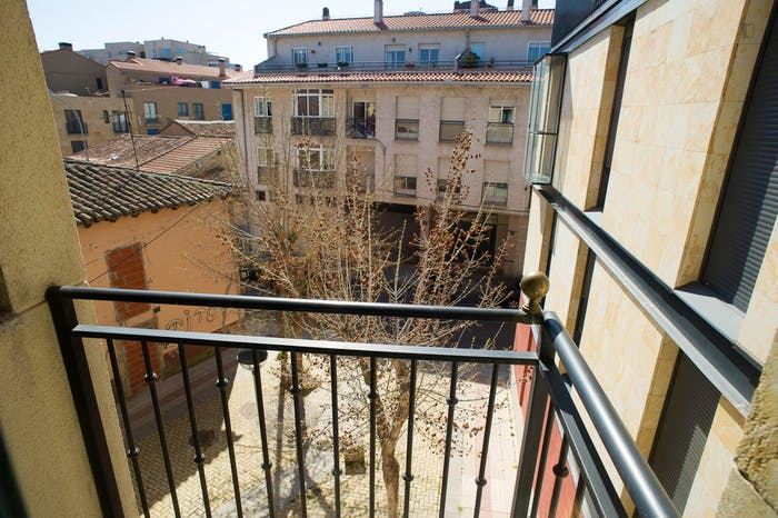 Very neat double bedroom in the southside of Salamanca  - Gallery -  4