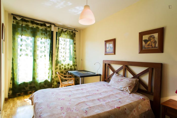Very neat double bedroom in the southside of Salamanca  - Gallery -  1