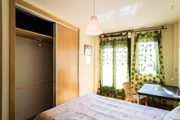 Very neat double bedroom in the southside of Salamanca  - Gallery -  2