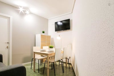Superb single bedroom in a student flat, in Valencia  - Gallery -  3