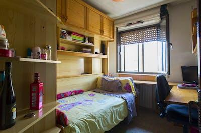 Nice single bedroom close to La Alamedilla train station