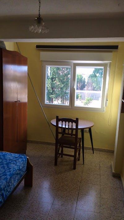 Three-Bedroom Apartment next to Plaza de Toros  - Gallery -  3