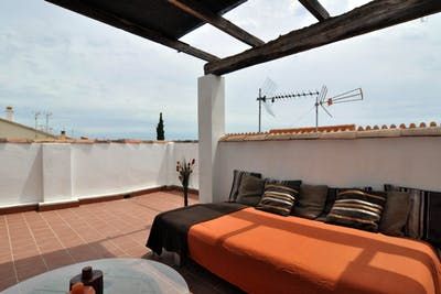 Studio with kitchenette, bathroom and large terrace 20 meters (private) access to the pool in Villa la Colina  - Gallery -  3