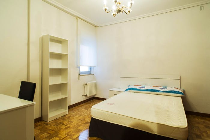 Very nice 3-bedroom apartment near Plaza del Campillo  - Gallery -  7