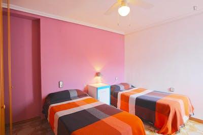 Twin bedroom, close to Santa Justa station  - Gallery -  2