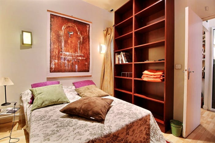 Wonderful 1-bedroom apartment in Paris near Gare de Neuilly subway station  - Gallery -  2