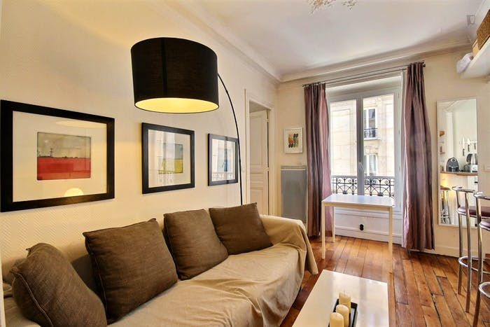 Vintage 1-bedroom apartment with a cozy fireplace in Paris, near Convention subway station  - Gallery -  7