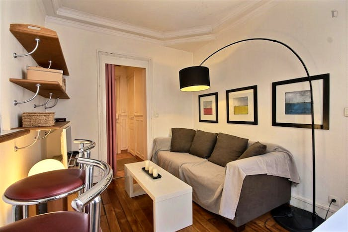 Vintage 1-bedroom apartment with a cozy fireplace in Paris, near Convention subway station  - Gallery -  6