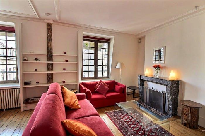 Welcoming 1-bedroom apartment near Saint-Paul metro  - Gallery -  5