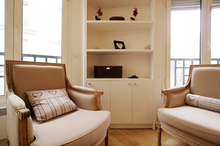 Very clean studio flat in the 16th arrondissement  - Gallery -  2