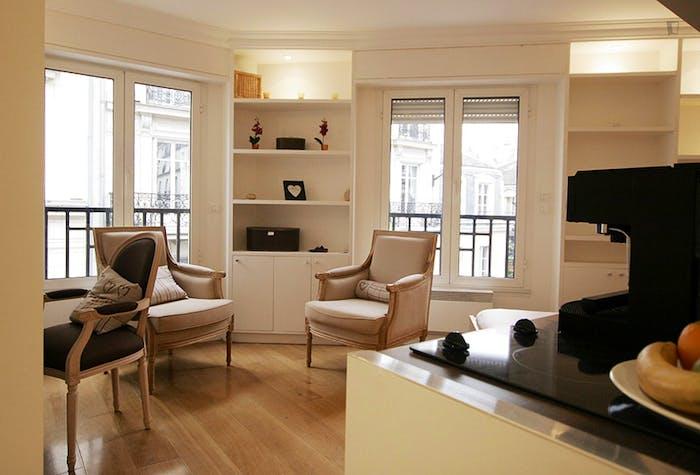 Very clean studio flat in the 16th arrondissement  - Gallery -  1