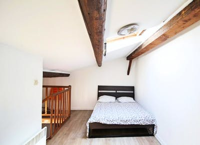 Nice double bedroom in a student flat, in  Lodi