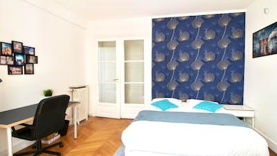 Tasteful double bedroom near Exelmans metro  - Gallery -  2