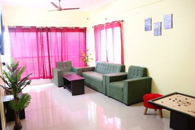 HelloWorld Crown CoLiving  - Gallery -  3