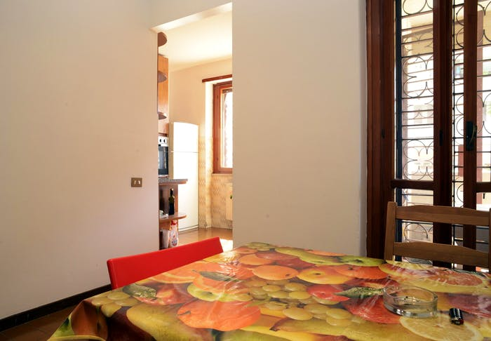 Very nice double bedroom near Riserva Naturale del Laurentino Acqua Acetosa  - Gallery -  6
